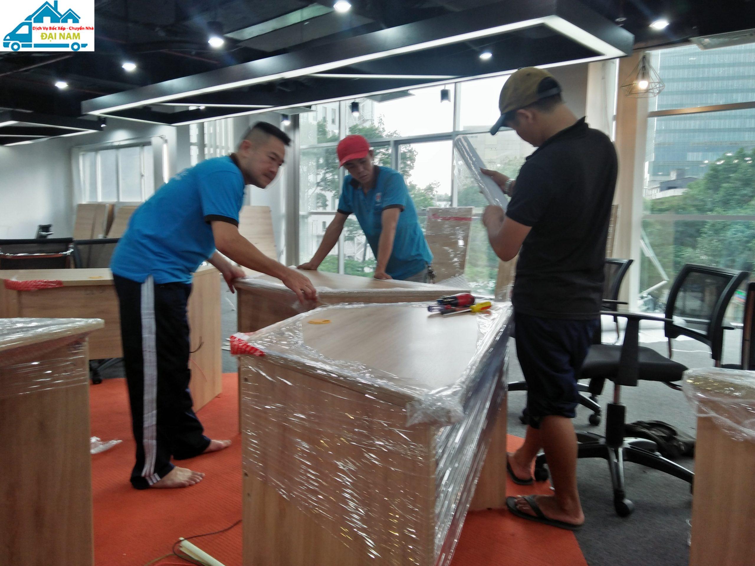 Công ty bốc xếp hàng hóa huyện Hóc Môn uy tín, chuyên nghiệp tại TP.HCM