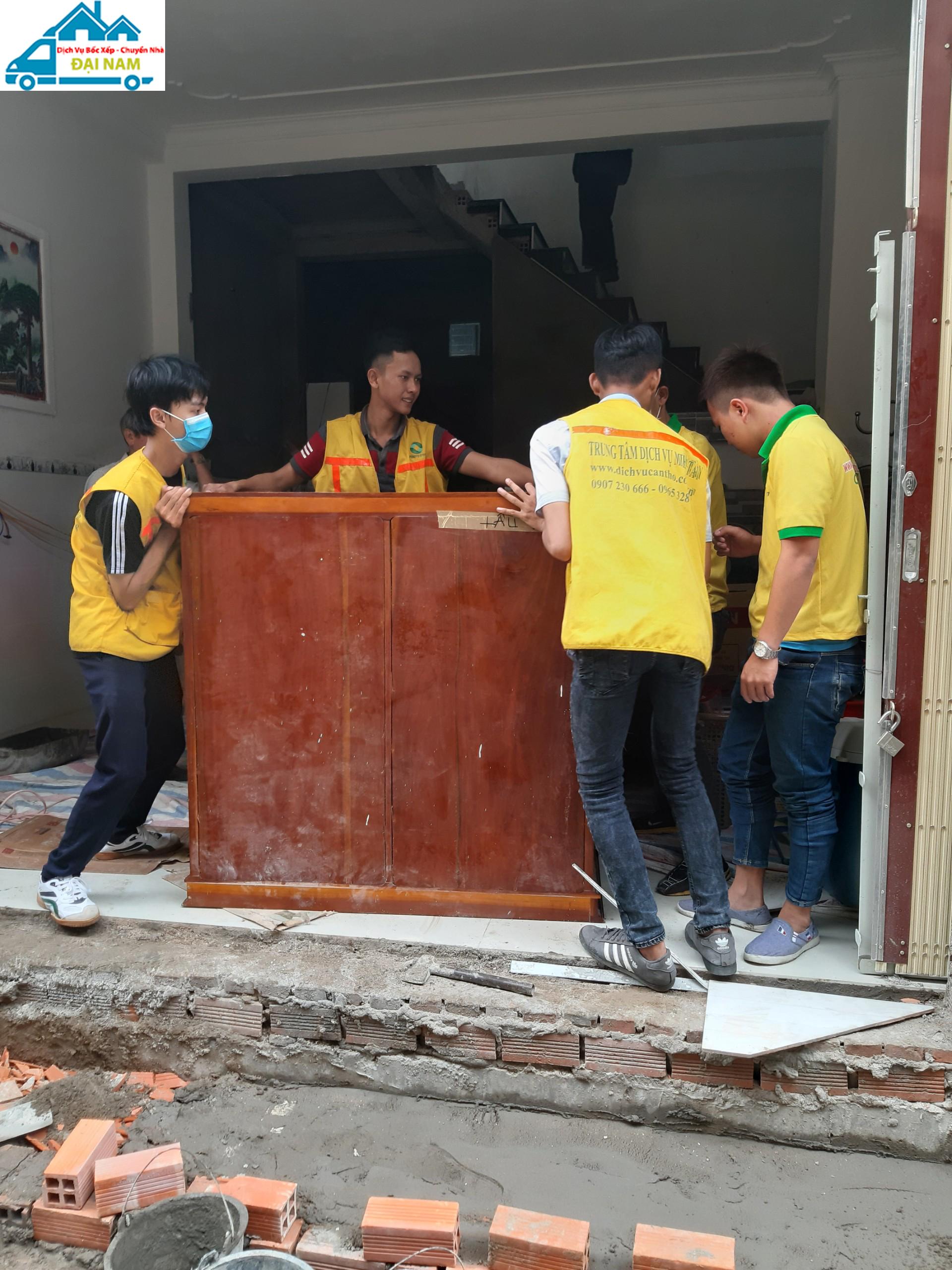Công ty bốc xếp hàng hóa quận Tân Bình uy tín, chuyên nghiệp tại TP.HCM