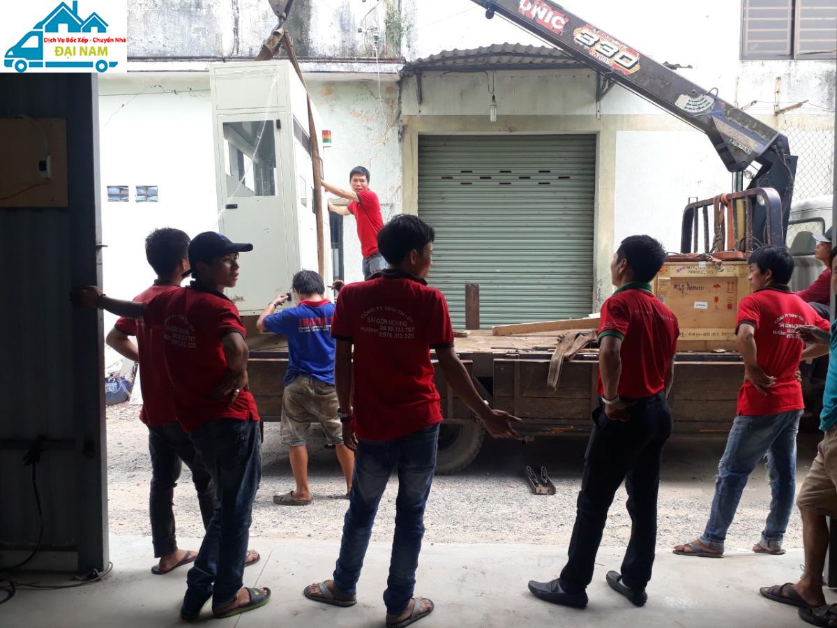 Công ty bốc xếp hàng hóa quận Phú Nhuận uy tín, chuyên nghiệp tại TP.HCM